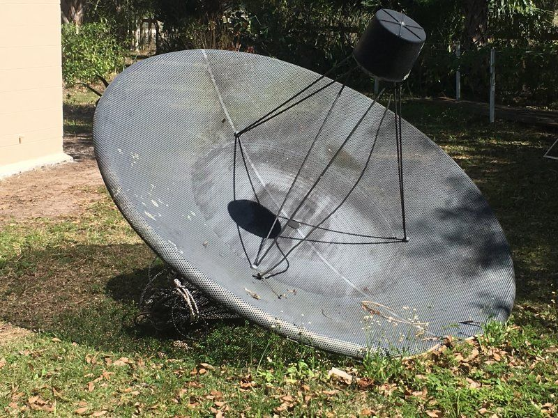 Birdview 7.5 ft Satellite Disk.JPG